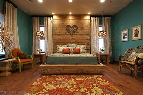 Rustic Bedroom Colors by Like The Set Up Headboard Lighting And Windows But Use