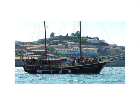 goleta motors goleta turca 76 pax em douro marina iates a motor usados