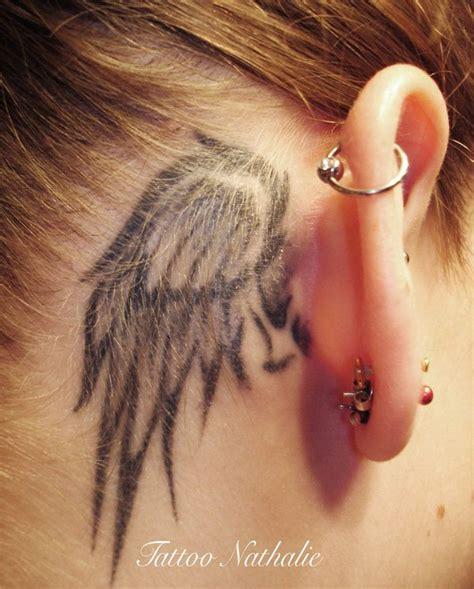 raven tattoo behind ear tatouage femme oreille 47 mod 232 les sexy en tout genre