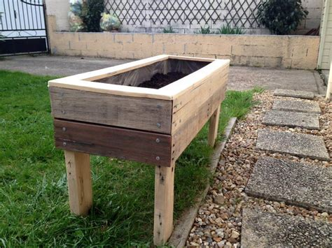 pallet planter box planter boxes from pallets 99 pallets