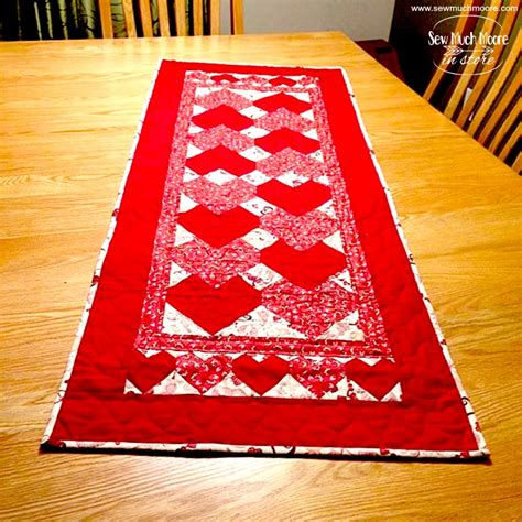 s day table runner valentines day table runner sew much