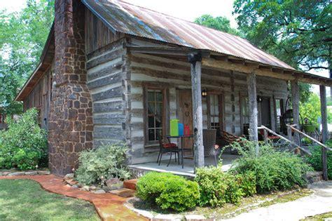 cottages fredericksburg tx buckhorn cabin lodging in fredericksburg tx