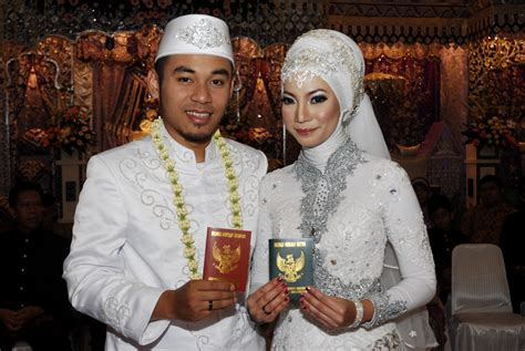 Yuyun Wedding Bandung by My Modern Minang Wedding Vendors Rhily Zoro S