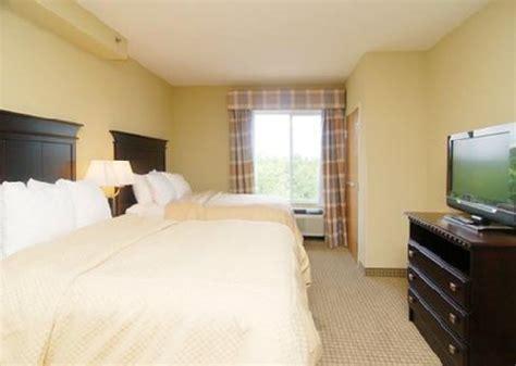 comfort suites foley comfort suites foley foley deals see hotel photos