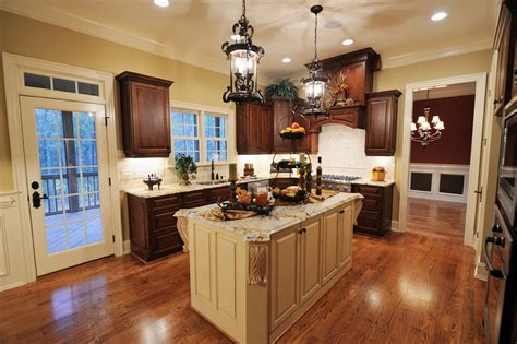 what color wood floors go with cherry cabinets wood floors