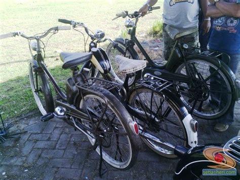 kopdar silaturohim motor antik club indonesia  gresik