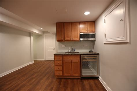 basement finishing chicago basement cabinets chicago 039 s local remodeling experts