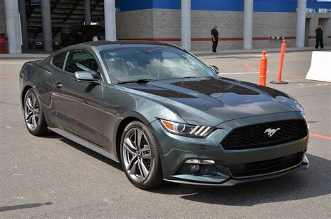 2015 ford mustang dark grey ford mustang 2 3 ecoboost la nouvelle mustang d 233 barque
