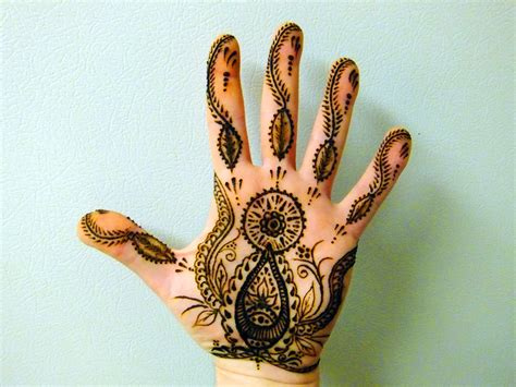 henna tattoo hand palm henna left palm by jjshaver on deviantart