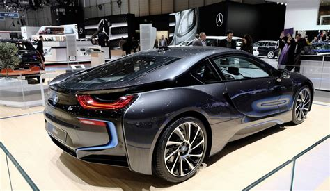 the 2014 bmw i8 hits the geneva motor show with a new color