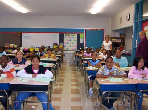 7 Annoying In Your College Classroom by School Class Pictures To Pin On Pinsdaddy