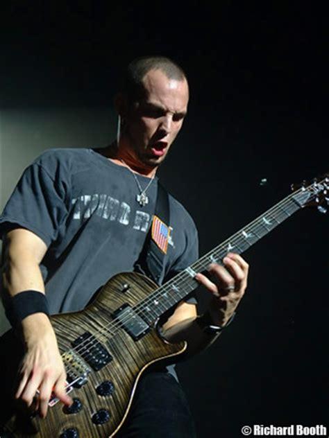 guitar lessons interviews news reviews  guitar messenger mark tremonti interview