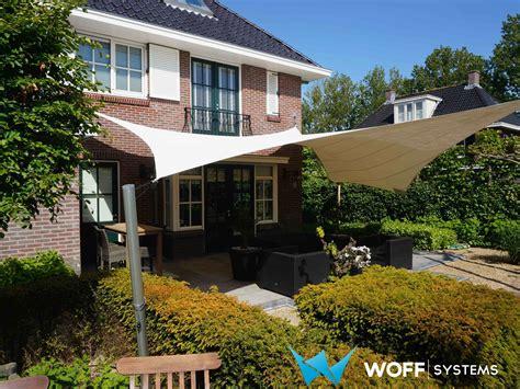 zeil tegen zon free design overkapping zonnedoek schaduwdoek tuin nl en be