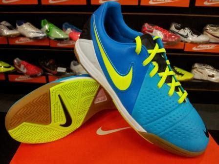 Sepatu Futsal Nike Ctr360 Libretto Iii sepatu futsal nike ctr360 blue volt terbaru chexosnews