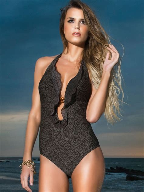 Latifah Doesnt Like Swimsuit by 1000 Images About One Swimwear That Doesn T Make