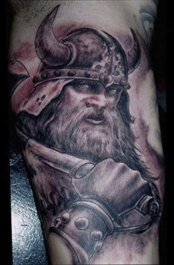 imagenes de tatuajes de vikingos tatuaje de un vikingo tatuajes de vikingos