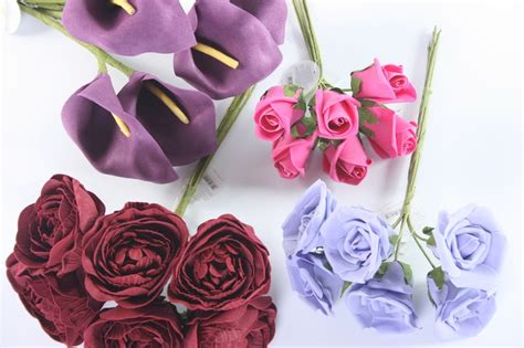 silk flowers decorate your home with soft and delicate silk flowers