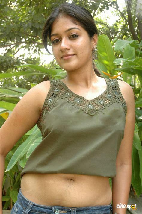 malayalam film yakshiyum njanum actress name yakshiyum njanum actress meghna sexy photos meghna actress