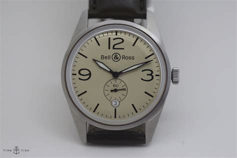 Bell Ross Original bell ross vintage br 123 original beige in depth review