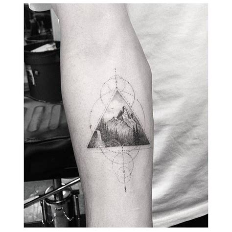 fine line tattoo artists best 25 line tattoos ideas on