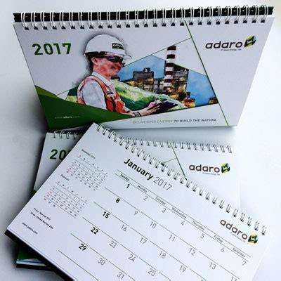design kalender meja 2018 5 design kalender meja 2017 terbaik yang dibuat maucetak