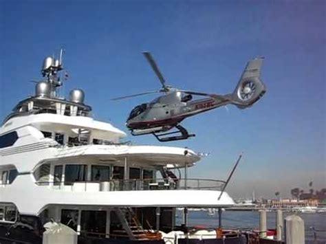 aquarius bateau youtube attessa yacht helicopter landing youtube