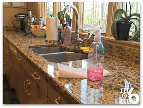 Cleaning Kitchen Countertops by Clean Kitchen Counter Www Imgkid The Image Kid Has It