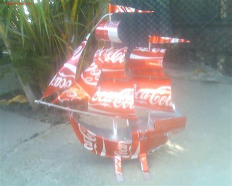 un barco hecho con material reciclable barco velero peque 241 o a escala hecho con material reciclado
