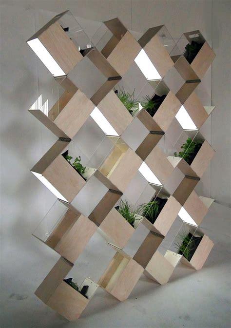 divide  cultivate   indoor vertical garden