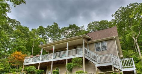 Cabins In Hendersonville Nc by Carolina Cabins Mountain Vacation Rentals And Lakefront Cottages Last Minute Labor Day