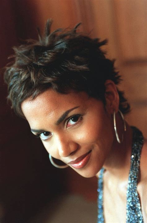 harry berry hairstyle best 25 halle berry pixie ideas on 25 best ideas about halle berry haircut on pinterest