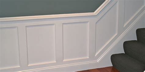 What Is Wainscot Planning At Stairs ? Derektime Design