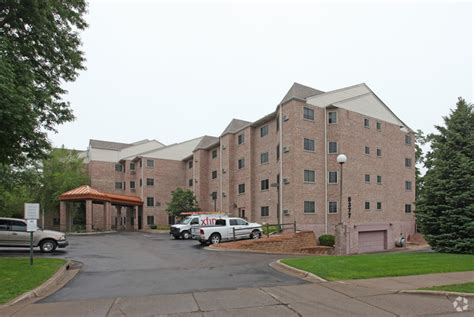woodland appartments woodland mounds senior apartments rentals osseo mn