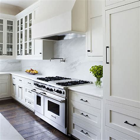 Home Dzine Kitchen All White Kitchen Ideas Plain White Kitchen Cabinets