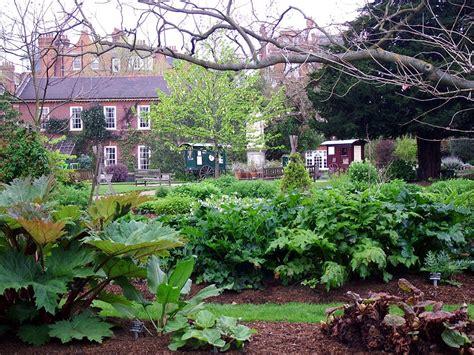 Chelsea Garden by Chelsea Physic Garden 2