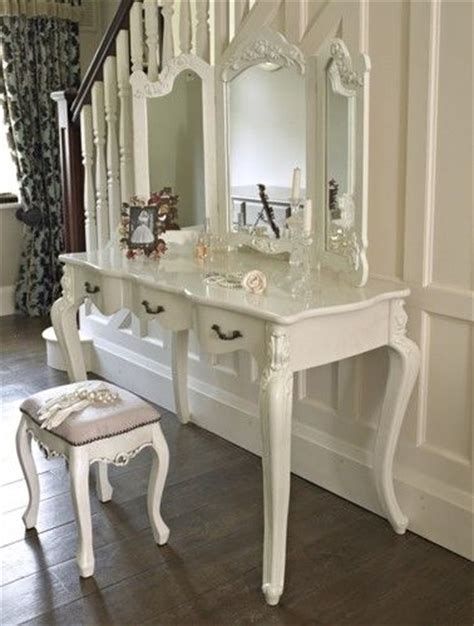 vintage bedroom table 17 best ideas about cream dressing tables on pinterest