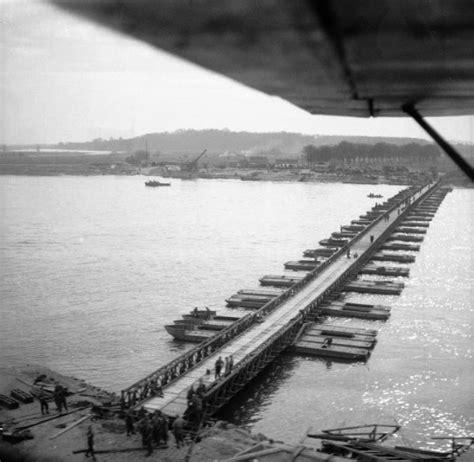 what is a pontoon bridge uk military bridging floating equipment think defence