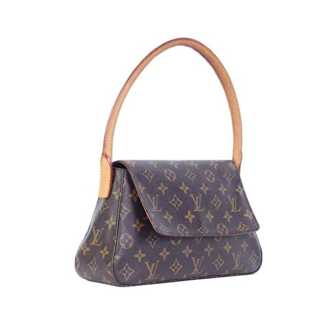 Louis Vuitton Monogram louis vuitton monogram looping pm luxity