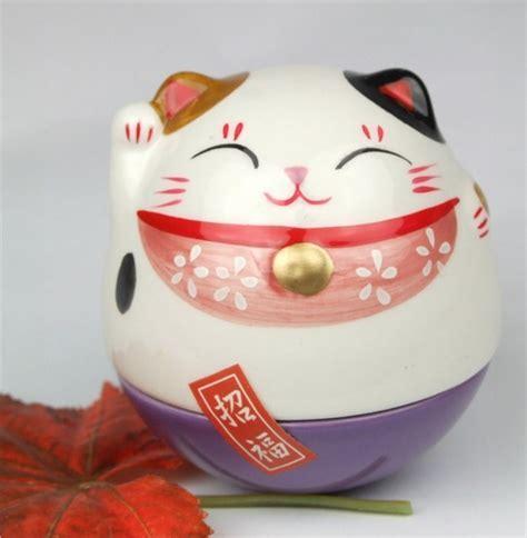 Maneki Neko Lucky Feng Shui white and purple colour wobble