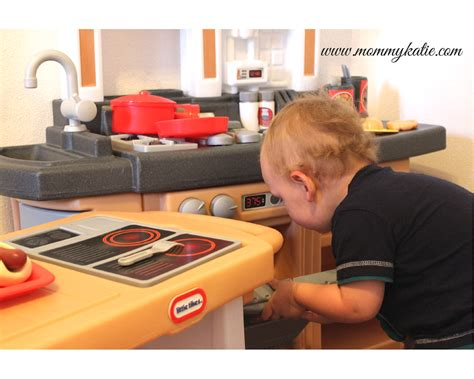 Tikes Cook Around Kitchen by For Ones With The Tikes Cook Around