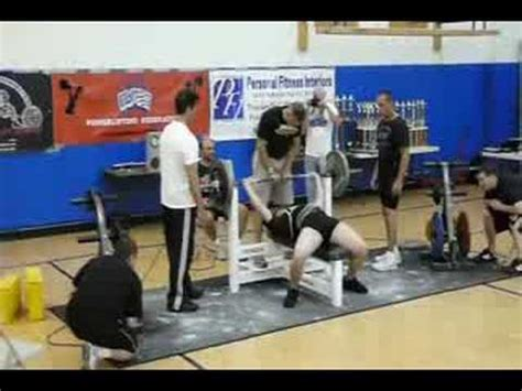 world record bench press 15 year old 320lb world record bench press 15 yrs old youtube