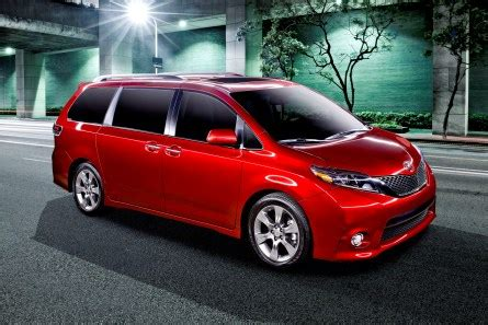 toyota refreshes the 2015 sienna, adds new family oriented