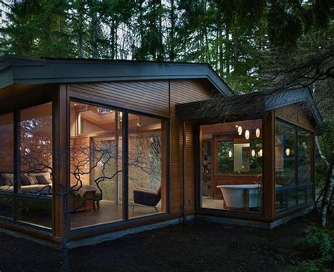 houses with lots of windows tiny house with lots of windows favorite places spaces pinterest