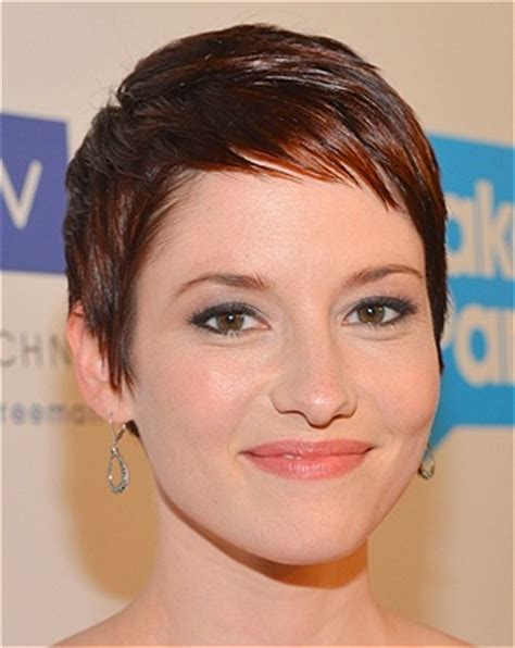 chyler leigh short hairstyles best short pixie haircut for fine the best celeb hairstyles for every length