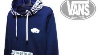 Harga Jaket Vans Batik jual jaket sweater vans batik navy bahan fleece klik 57