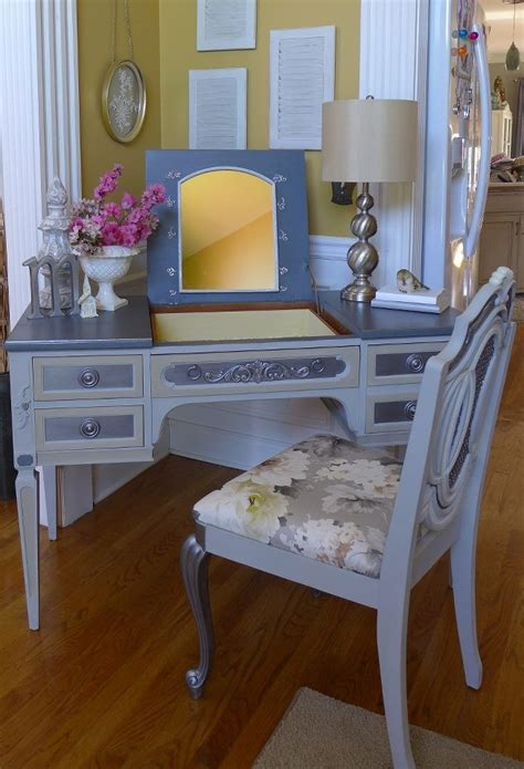 Vanity Desk Combo by Pin By Elzbieta D Jaworska On Creation Renew Design