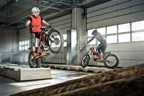 Trial Motorrad Red Bull by Indoor Trial Am Red Bull Ring Auto Motor At
