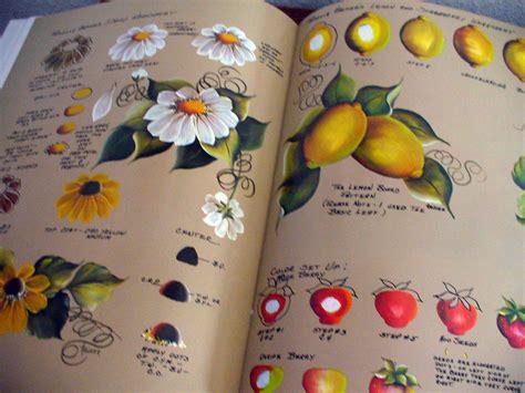 decorative art pattern books priscilla hauser tole decorative painting instruction book