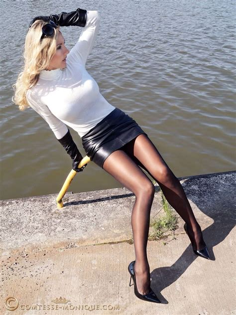 gallery stocking sexy pantyhose outdoors http sexypantyhose nyloncelebs