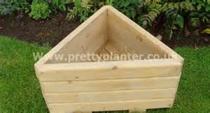 Small Wooden Bench Pretty Planter Any Shape For Any Corner